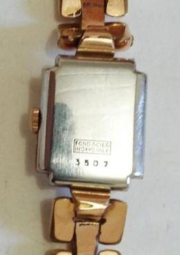 97f2dbb9040 Visitas deste produto  21. Código  159434. Relógio de pulso feminino ESKA  ...